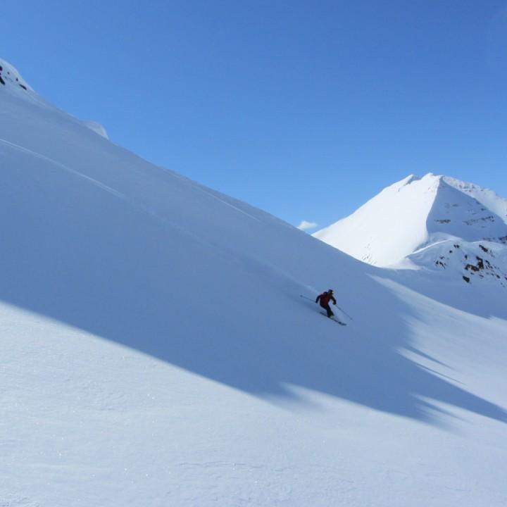 Snowonline e LastFrontier HeliSkiing 3