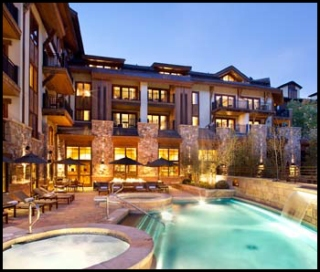 vail chat rooms This sunbathed retreat offers five bedrooms, floor-to-ceiling glass and a wrap- around deck—just minutes to vail village.