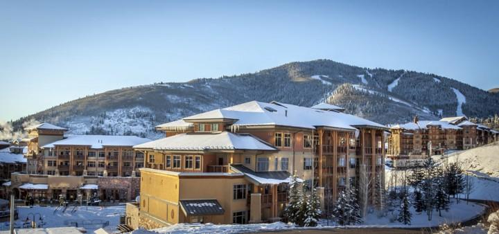 Em Canyons Village, esse lodge com acesso ski in/ski out e fica a uma distância de 2 minutos a pé do Canyons Red Pine Gondola.