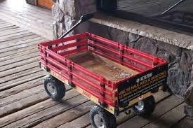 Carrinhos - Gear Wagons, para levar o equipamento do carro até as pistas.